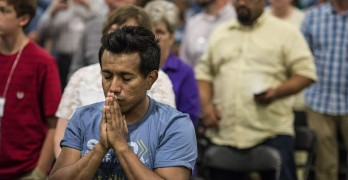 Messengers pray in Columbus 'as one family'