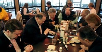 Huckabee won't endorse anyone: 'God is good. I did my part'