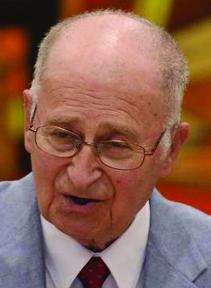 Holocaust survivor Manny Klepper