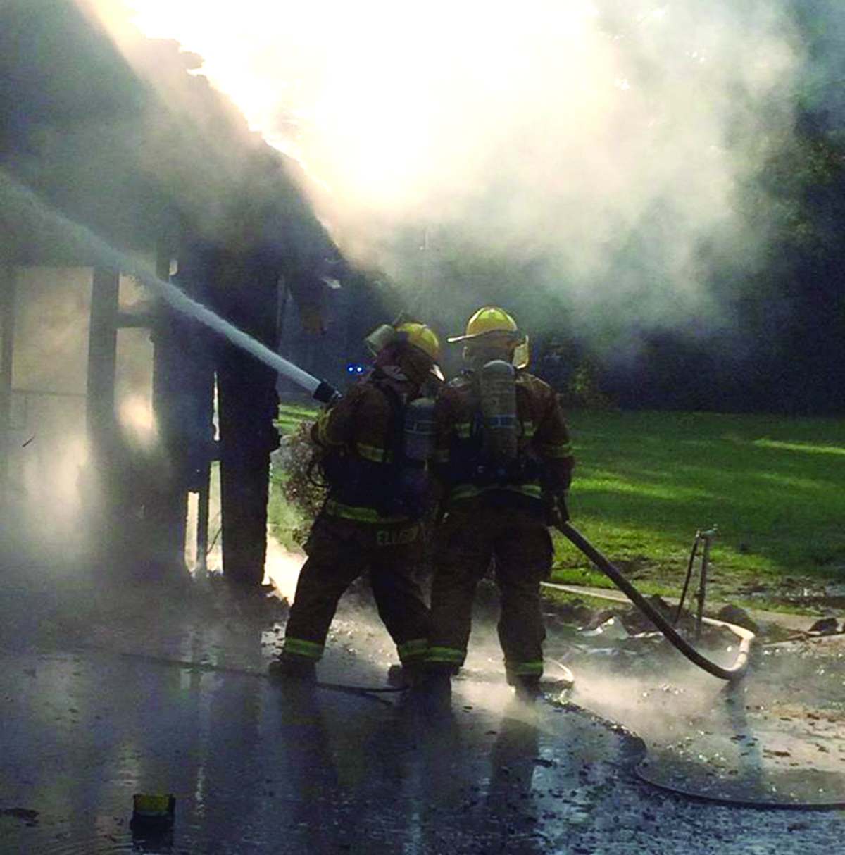 Working quickly, the fire department was able to extinguish the fire in about 15 minutes.