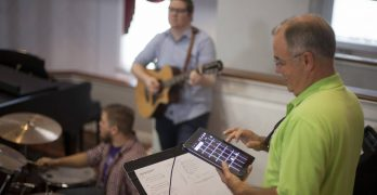iPad apps used to 'round out' worship team