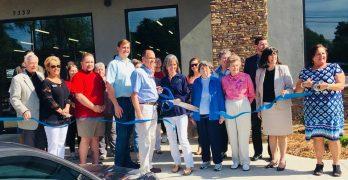 Rolling Hills Ministries dedicates Monroe thrift store