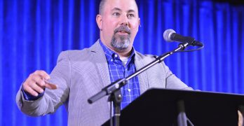 E4 Conference emphasizes turning to God in difficult times