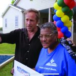 'Dirty Jobs' star helps ministry transform neighborhood